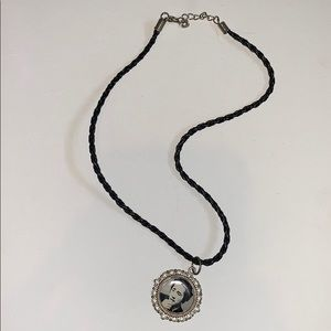 Steven yeun from walking dead necklace charm